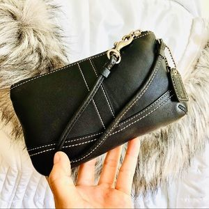 COACH⚡️Authentic Black Leather Wristlet/Clutch